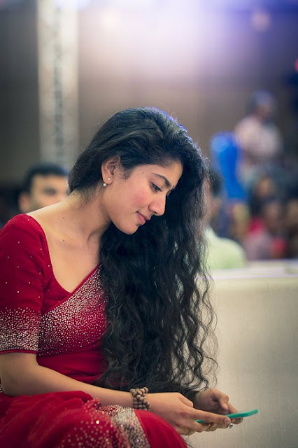Sai Pallavi Dialogue in Fidaa Telugu Movie. Shekar Kammula Fidaa Telugu Movie Sai Pallavi Play a Telangana Girl