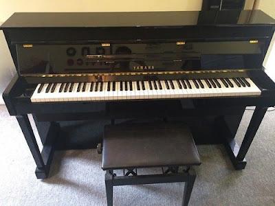 Đàn piano điện yamaha loại nào tốt dành cho người mới học