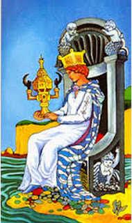 Kupa Kralicesi-ters-duz-anlami-tarot-arbak