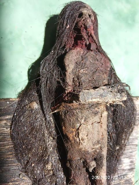 Jenglot Ditemukan di Makam Keramat Kudus, Bertaring-Rambut Sedengkul