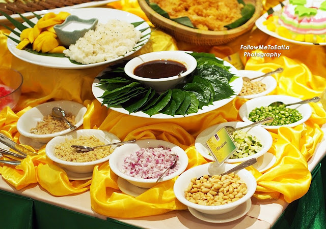 "famous Thai appetizer with seven ingredients ""Mieng Kam"