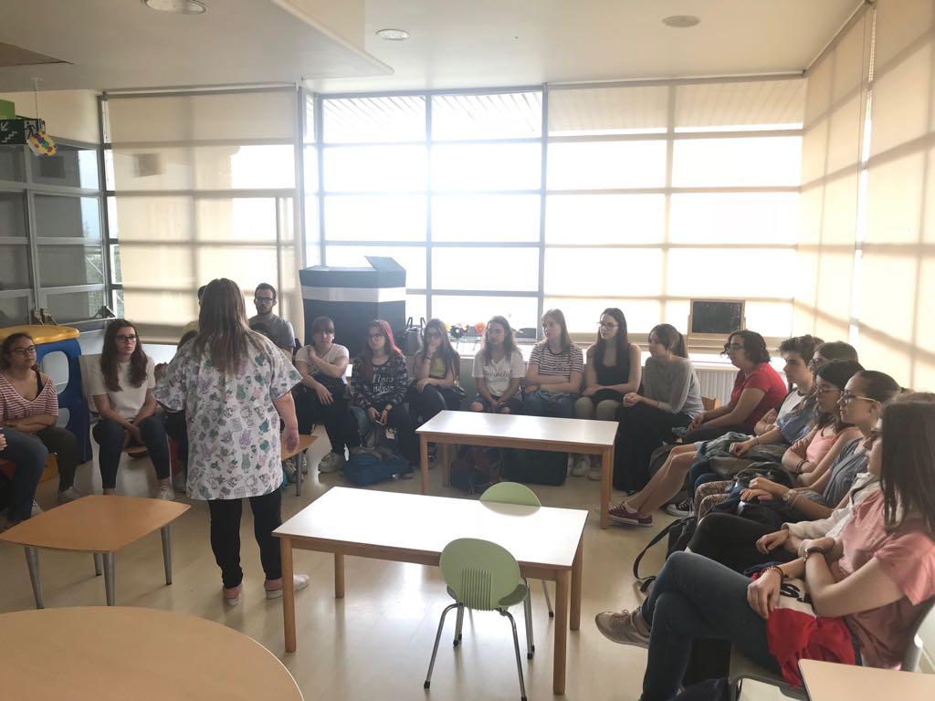 Aula Hospitalaria Dr Antoni Cambrodi Lleida Visita Alumnos