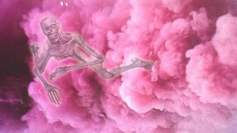 Παράξενες ιστορίες για μια παράξενη σαρκοφάγο ροζ ομίχλη !!