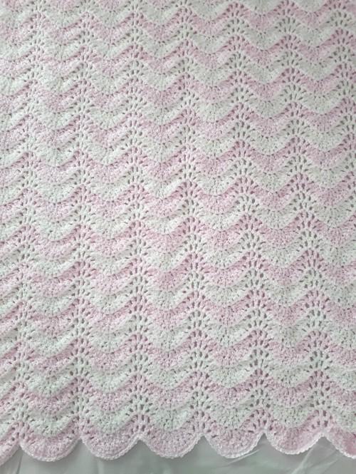 Chevron Stripes Baby Blanket - Free Pattern