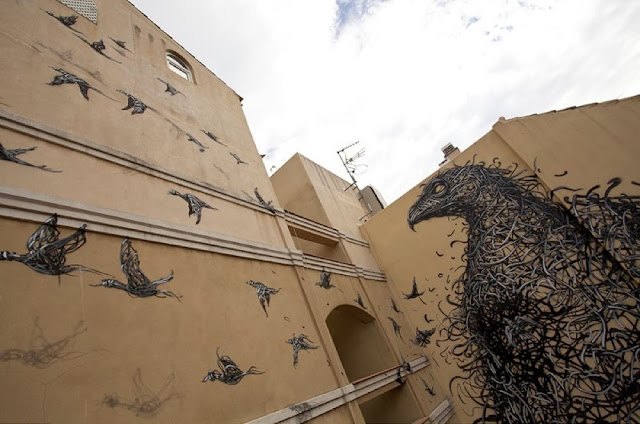"Chinese Street Artist DALeast Paints A new mural in Malaga For ""Maus Malaga"" Urban Art Event. 2"
