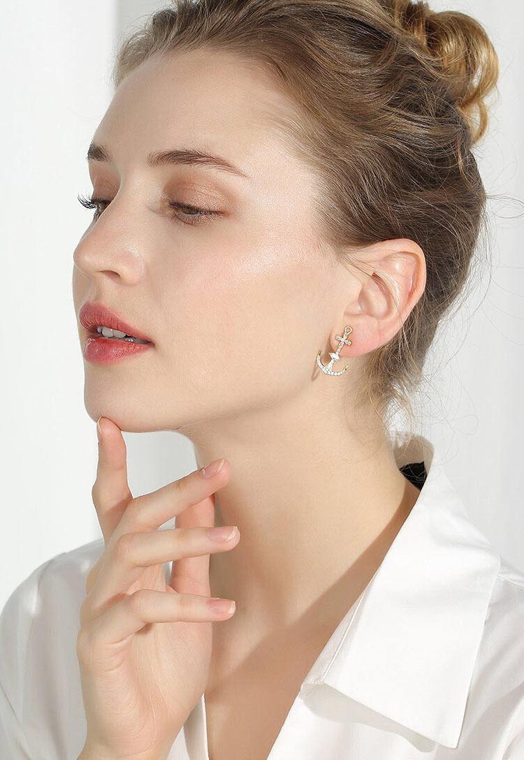 心方向‧個性風船錨鋯石耳環