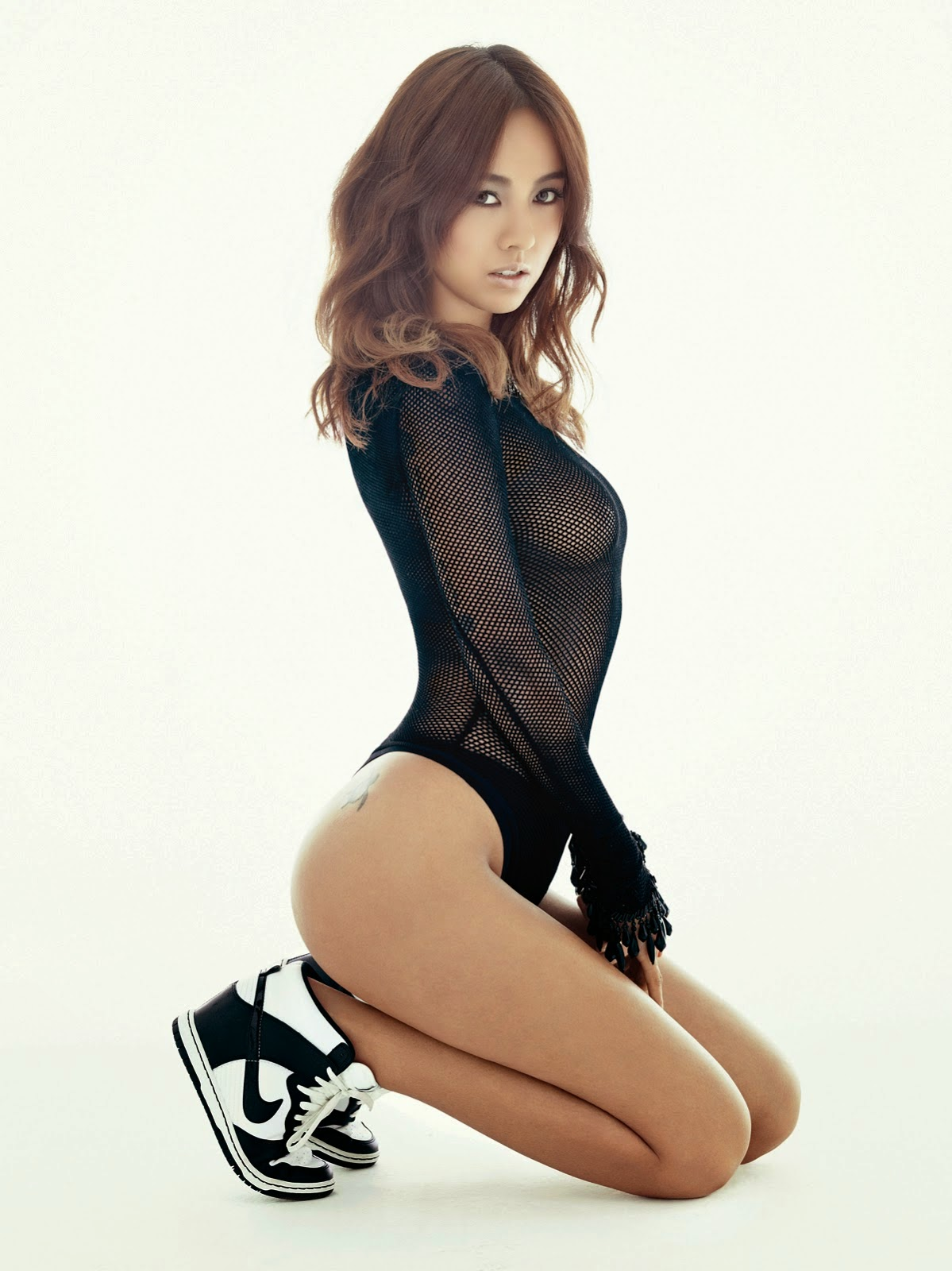 Ảnh nóng Bikini gái Hàn Quốc khoe thân với những bộ áo tắm 2014
