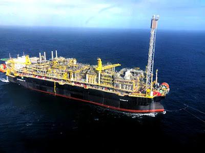 Petrobras inicia contratação de 3 plataformas para Búzios