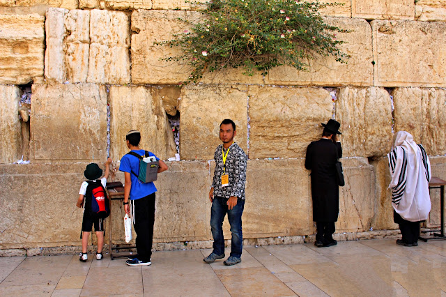 Marky Ramone Go in Wailing Wall in Jerusalem