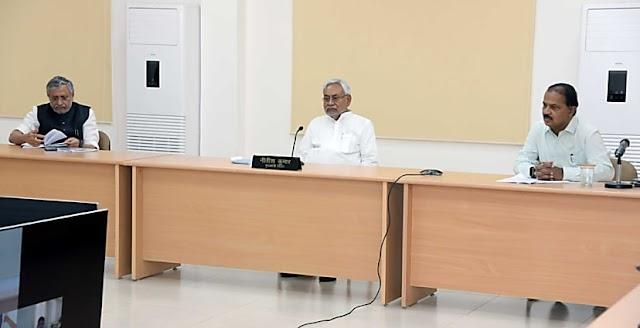 बिहार के सभी 38 जिलों में होगी डोर-टू-डोर स्क्रीनिंग,CM नीतीश बोले-सोशल डिस्टेंसिंग का पालन जरूरी