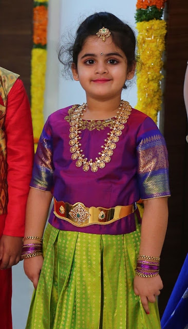 Pretty Girl Ramparivar and Diamond Vaddanam