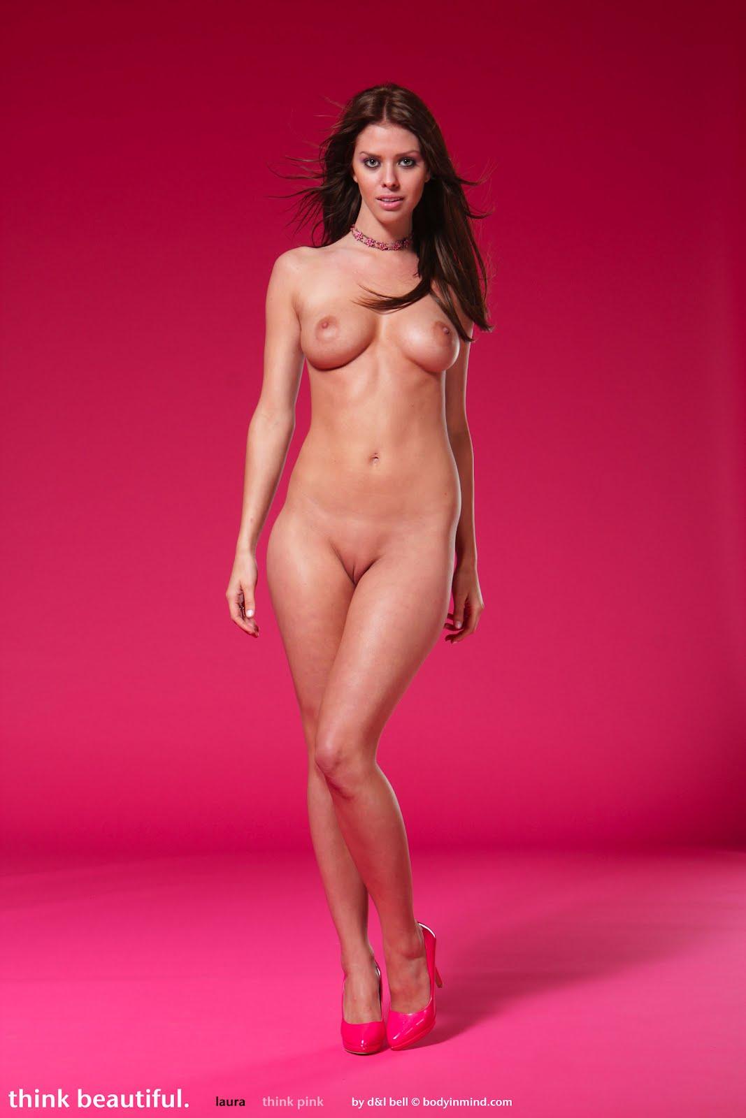 Free full nude of