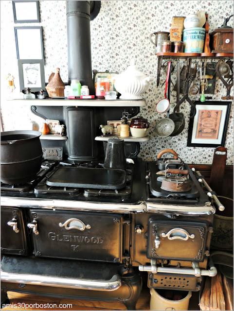Cocina en el Lizzie Borden Bed & Breakfast Museum