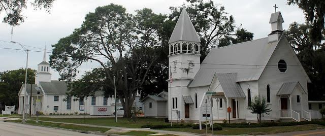 Iglesias en Fort Meade