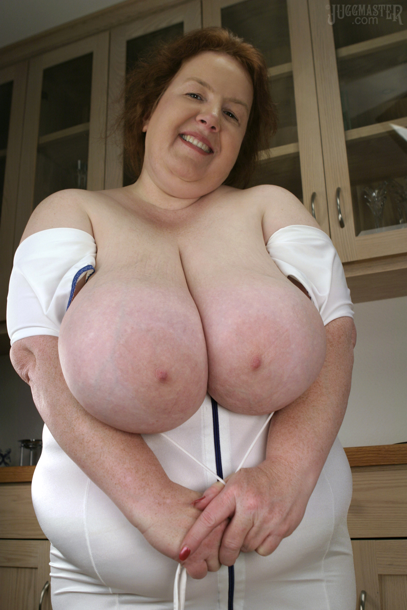Amatuer milf picked up