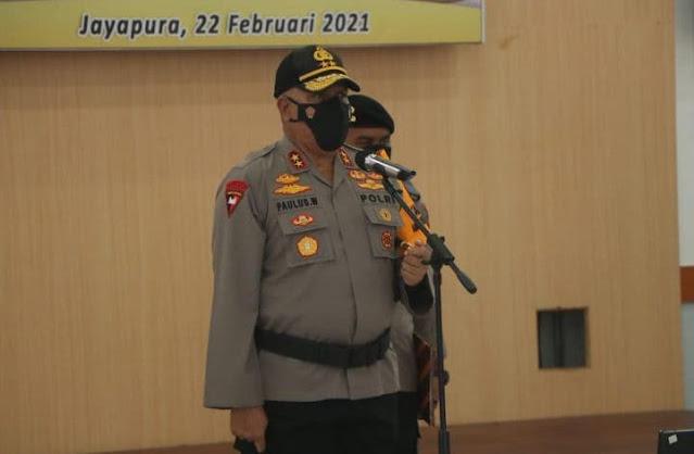 Paulus Waterpauw Lantik 2 Pejabat Utama Polda Papua dan Sertijab 9 Kapolres