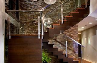 escaleras de maderas para interiores las cajas de escalas como la que vemos en la imagen es una excelente escalera de madera para interiores