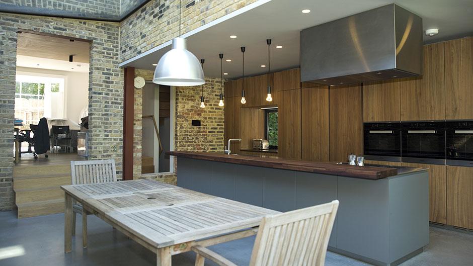 Una cocina moderna, elegante y con aire rústico - Cocinas con estilo ...