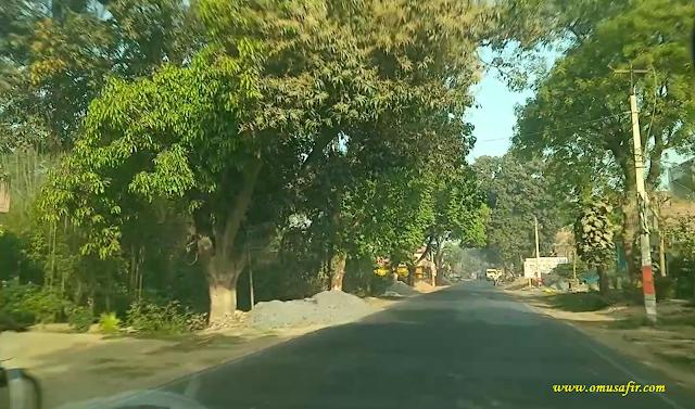 Shahganj Kadipur Road