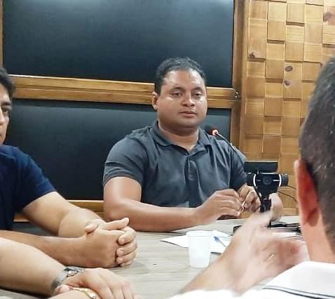 Weverton Rocha se surpreende ao ser informado que Dr. Humberto não está mais com Simplício Araújo