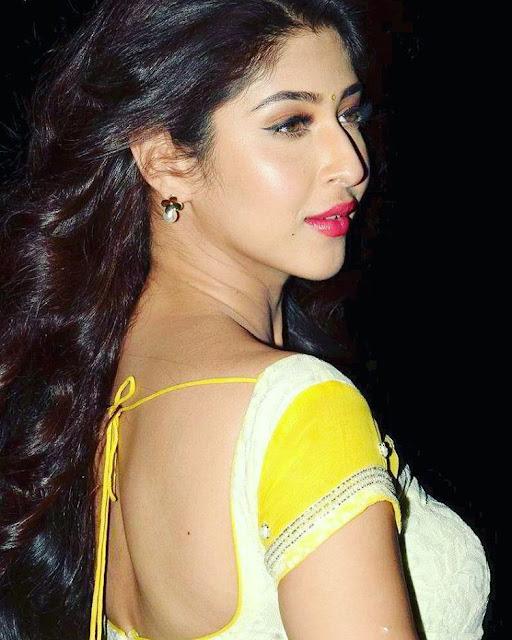 Sonarika Bhadoria New Hot Images