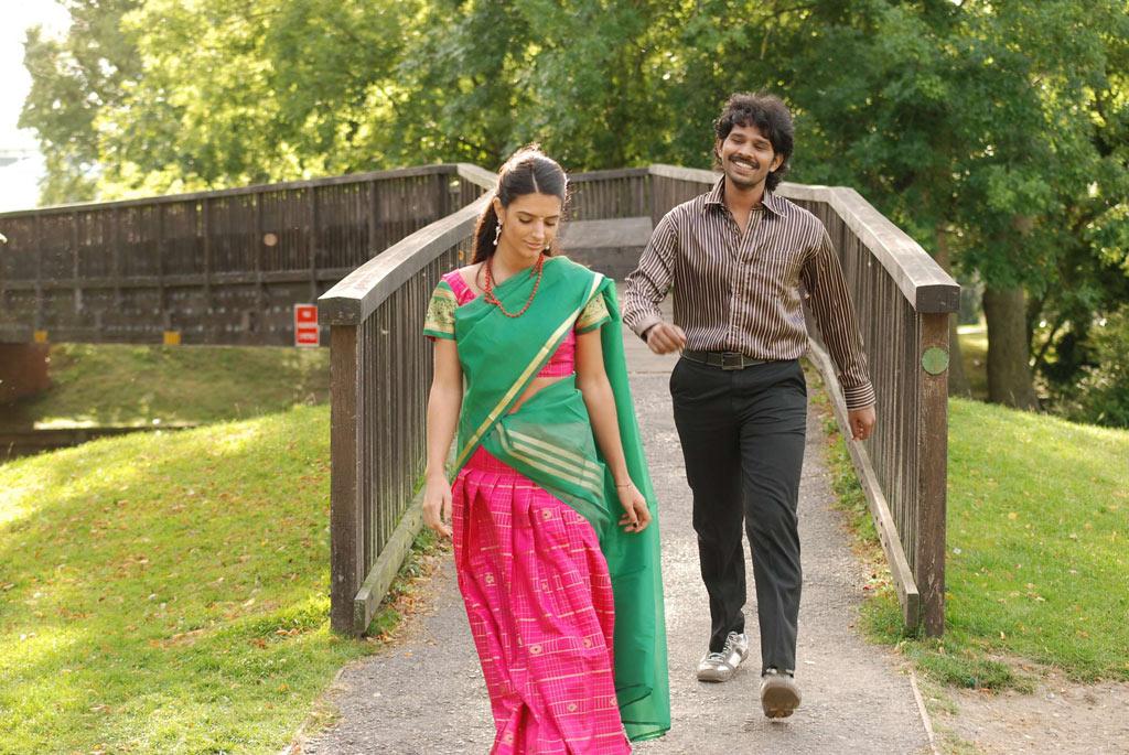 2013 New Tamil Movie Kaadhale Ennai Kaadhali Photos