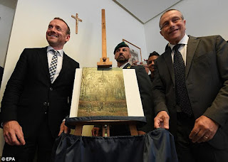 http://www.dailymail.co.uk/news/article-3815383/2-Van-Gogh-paintings-recovered-Italian-anti-Mafia-police.html