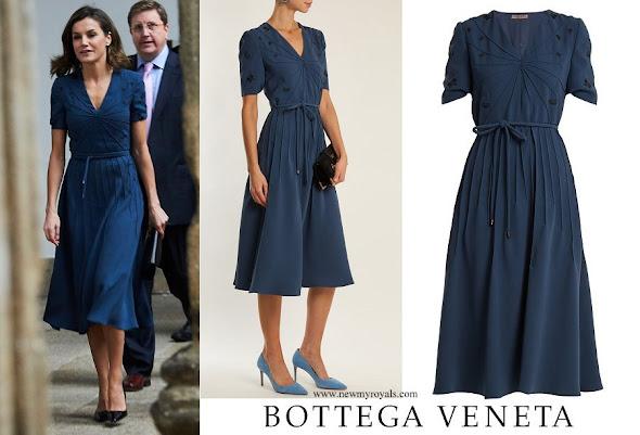 Queen Letizia wore BOTTEGA VENETA Embroidered crepe dress