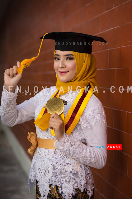 foto-mahasiswi-kampus-stisipol-pahlawan-12-dari-enjoybangka