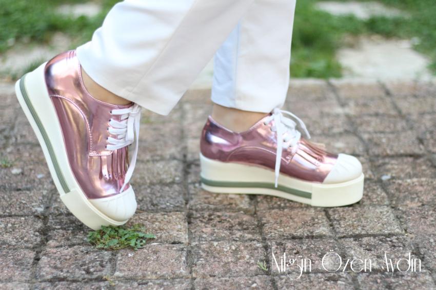 ww.nilgunozenaydin.com-metalik pembe ayakkabı-moda blogu-fashion blog