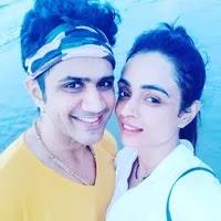 पारुल चौहान अपने पति के साथ