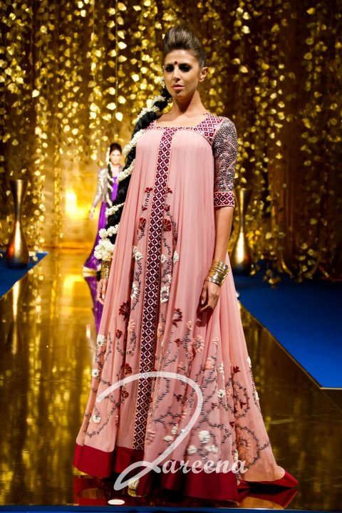 Fashion world latest Fashion: Arabian dresses designs ...