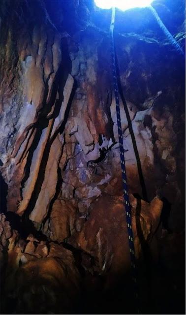 Πρέβεζα: Σπήλαιο με σταλακτίτες και σταλαγμίτες αποκάλυψε η... περιέργεια νεαρών