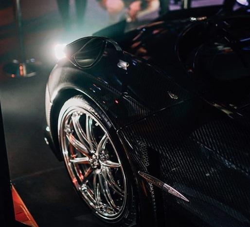 Ban Mobil Pagani Huayra menggunakn Pirelli