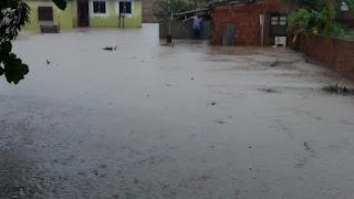 https://vnoticia.com.br/noticia/4284-forte-temporal-alaga-casas-e-provoca-transtornos-em-sfi