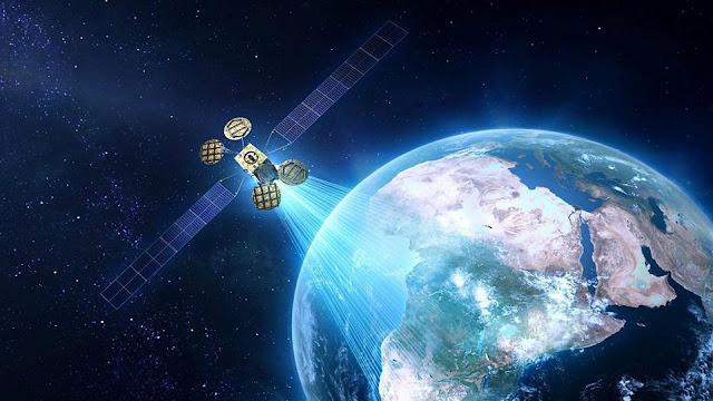 الجزائر تعمل على إطلاق الإنترنت عبر الأقمار الصناعية عما قريب