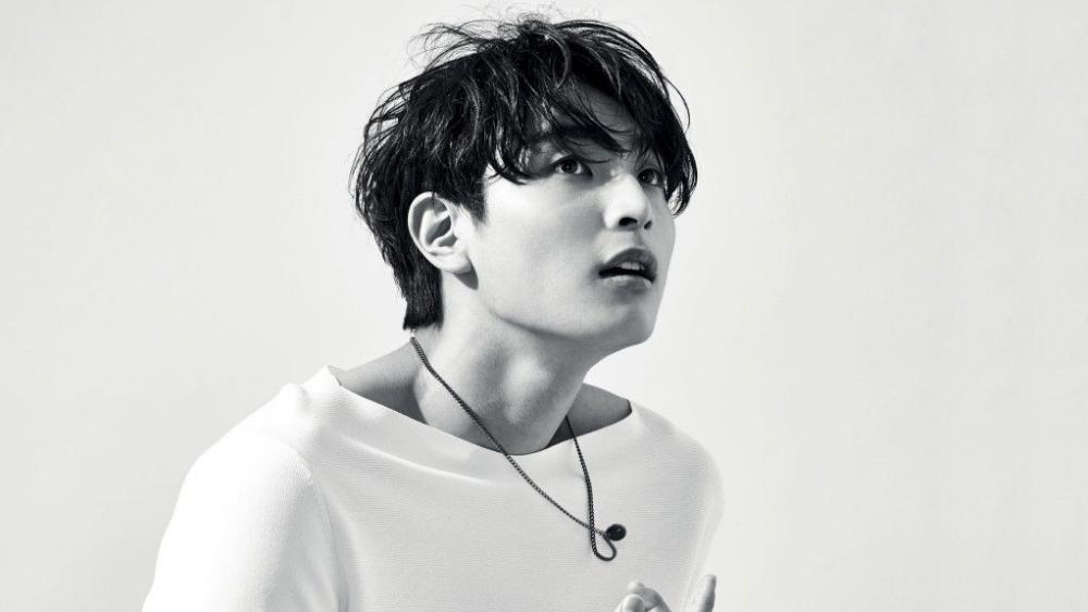 Jinwoon Make Sure 2AM Will Comeback Soon?