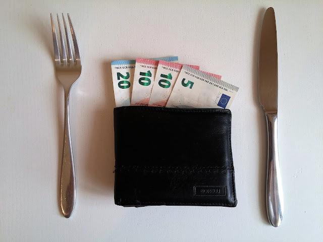 cara menghemat uang gajian