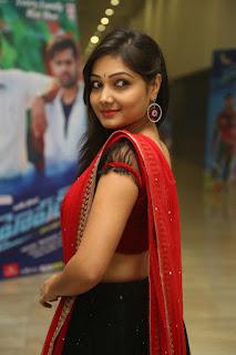 Priyanka new dazzling pics 030.jpg