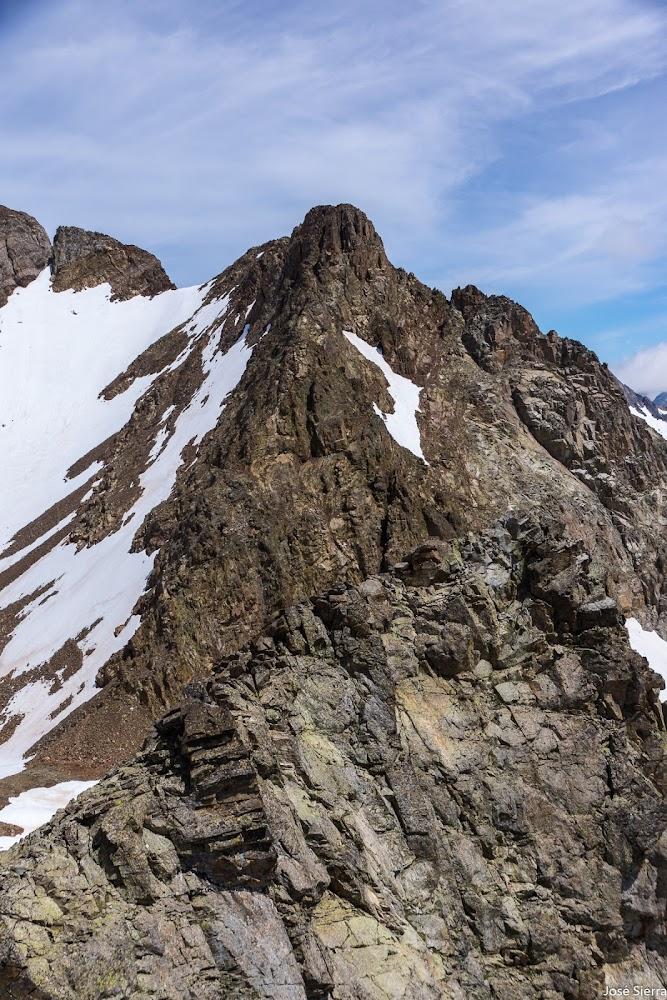 cresta de Arnales desde el pico de Pondiellos