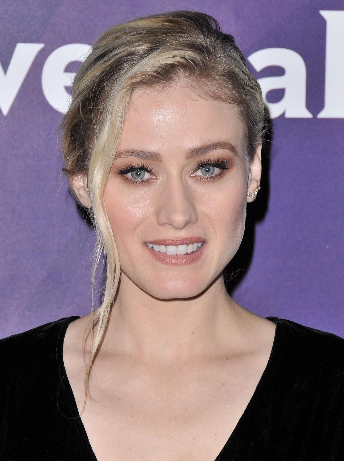 Picture of Olivia Taylor Dudley