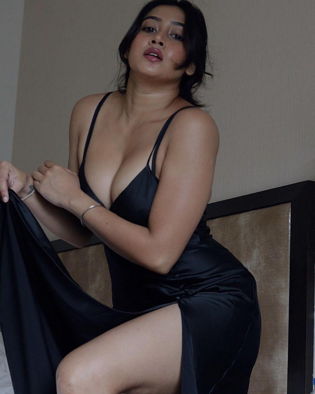 Sofia Ansari Instagram Pics Photos and Wallpaper