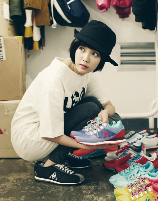 photo iu 39 s photoshoot for brand le coq sportif revealed daily k pop news