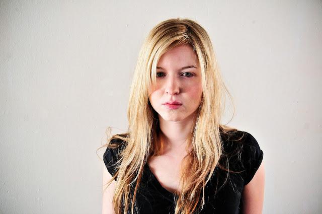 Katherine Katz, vokalis cantik band grindcore!