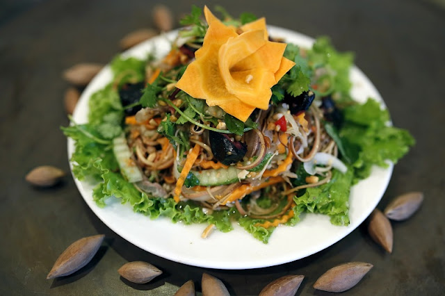 Vegetarian And Things To Know When Coming To Hanoi, Vietnam 1