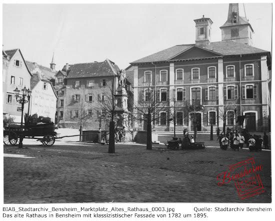 Der Marktplatz samt Rathaus um 1895, Stadtarchiv Bensheim