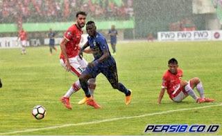 Drama Duel Klasik Persija vs Persib Berakhir Walk Out