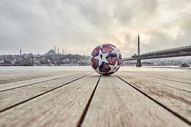 Bola Final UEFA Champions Leagues 2020