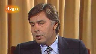 Felipe González acabó por firmar el TNP en 1986