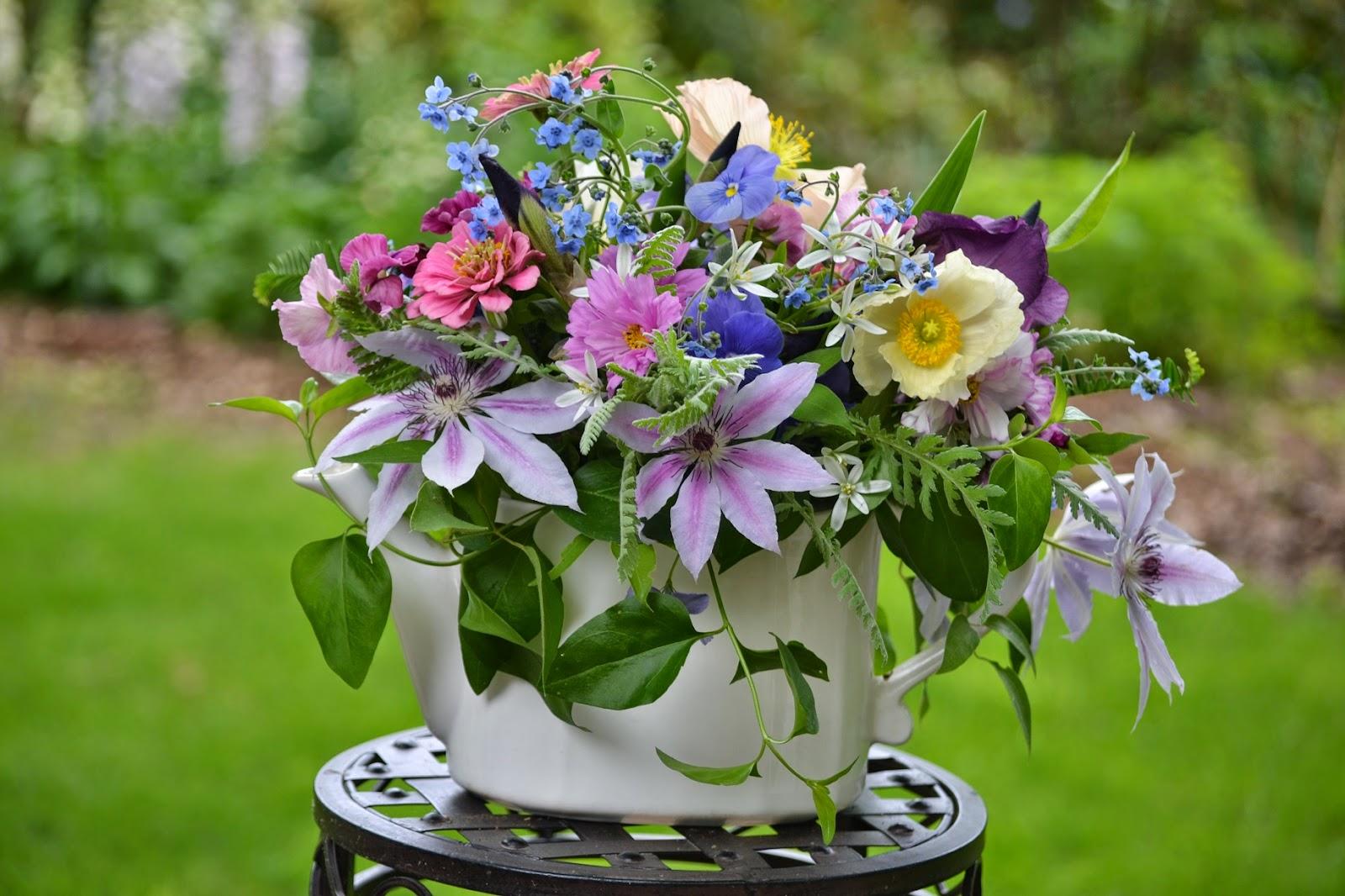 Wedding Flowers From Springwell: Locally Grown Wedding